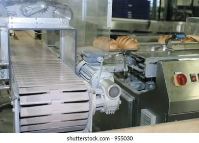 Bakery , conveyer/