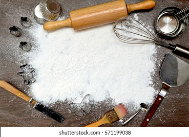 baking/ kitchen tool utensil on wooden background, selective focus with copy space