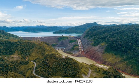 Bakun Hydroelectric Power Plant, with an installed generation capacity of 2,400MW (firm energy of 1,771MW) and a power transmission system to connect with the existing transmission network in Sarawak.