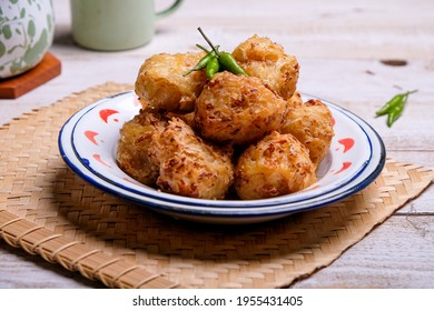 Bakwan or bala bala is a fried food made from vegetables and flour. Bakwan is Indonesian street food snack.