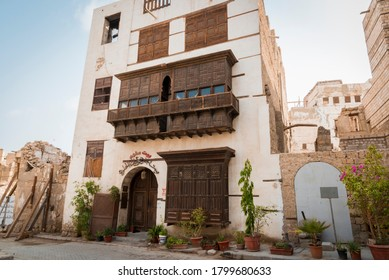 Balad City, Jeddah / Saudi Arabia - 08/01/2020: Historical city of Jeddah. Display of ancient Arabian architecture and culture. Attracts with it's exterior beauty.