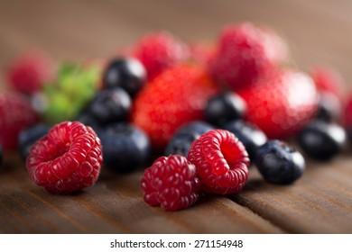 Balance, berries, blackberries.