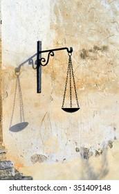 Balance icon of Goddess of justice