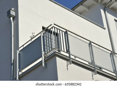 Balcony of high-grade steel in Front of a House