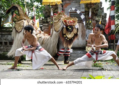 BALI INDONESIA APRIL 19 2017 : balinese Barong traditional dance with Barong and Rangda fighting scene at batubulan bali indonesia 19 april 2017