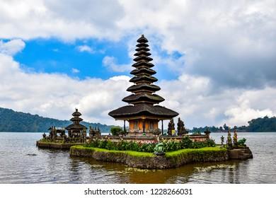 Bali Indonesia, Ulun Danu Temple