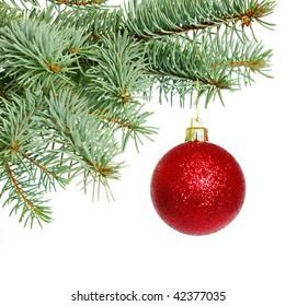 ball on christmas tree