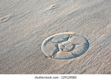 ball print in the sand