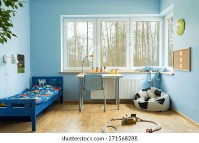 Kid+boys+bedroom+desk Images, Stock Photos & Vectors ...