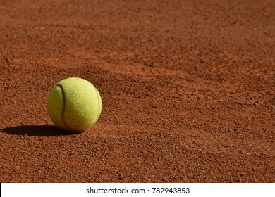 ball in the tennis court