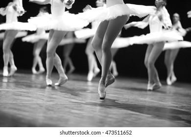 Ballerinas flitting on stage
