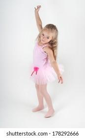 Ballet dancer doing pas