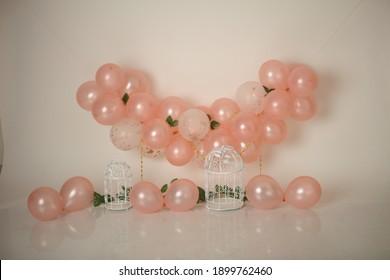 balloon backdrop for cakesmash photography
