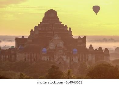 Balloon flew over Dhammayangyi temple, Bagan, December 2016