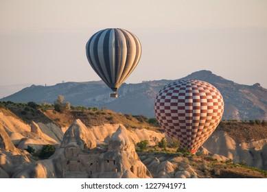 Ballooning in Kapadokya on sunrise