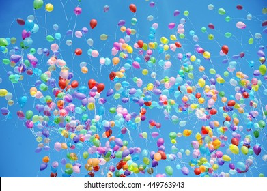 balloons evenly fill the frame