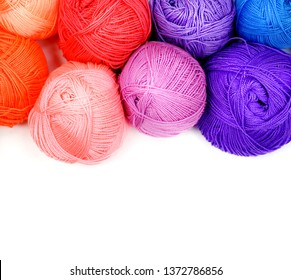 Balls with colored threads