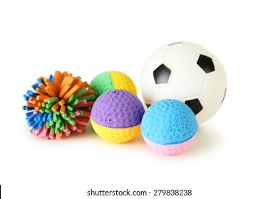 Kind-Hearted Pet Plush Soccer Toys Dog Chew Toys Puppy Cats Cute Biting Football Toys black And White Be Friendly In Use