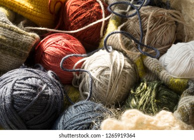 The balls of wool, skeins, texture