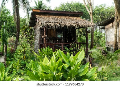 Bamboo Hut in Easylife Koh Lanta. Living in the Jungle.