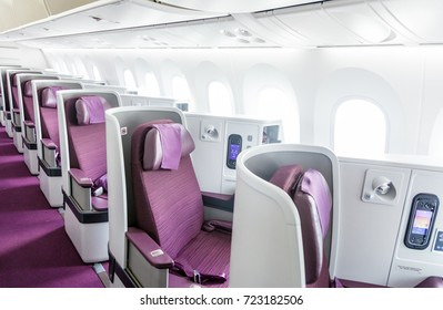 Bamgkok Thailand 24 sep 2017 : The new seat business class on new aircraft of Thai airways Boeing 787-9 Dreamliner are opearated on flight TG111 from Chaing Mai To Bangkok
