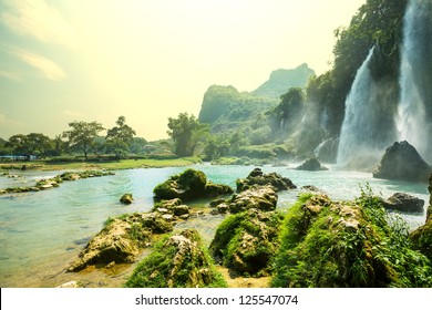 Ban Gioc - Detian waterfall in  Vietnam
