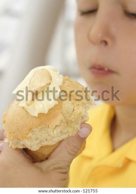 Banana muffin.  Focus is to the muffin only