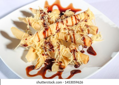 banana roll with cheese and cocolate souce