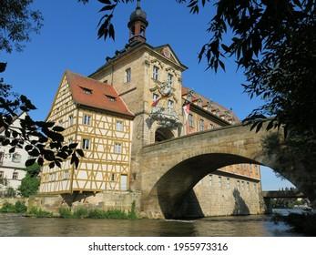 Banburg building and bridge over river