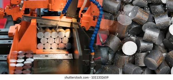 band saw cutting tool steel bar by automatic feed, high performance cutting machine, cutting steel bar, high speed cutting, band saw for industrial use