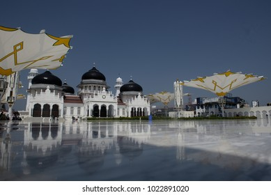 Banda Aceh, Aceh / Indonesia - February 12 2018 : : Baiturrahman Grand Mosque is located in Banda Aceh. Baiturrahman is the Great Mosque was built since centuries years ago in Banda Aceh.