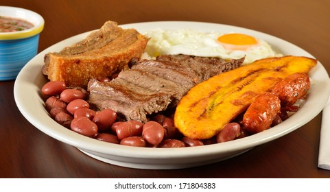 Bandeja Paisa. Colombian cuisine.