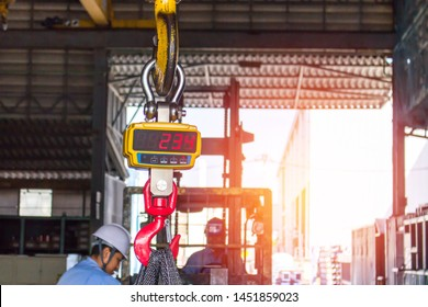 Bang Pakong,ChachoengsaoThailand-11 July,2019 : Technician set Industrial digital scales use weight check in factory and overhead crane