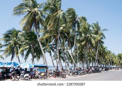 the Bang Saen Beach at the Town of Bangsaen in the Provinz Chonburi in Thailand.  Thailand, Bangsaen, November, 2018