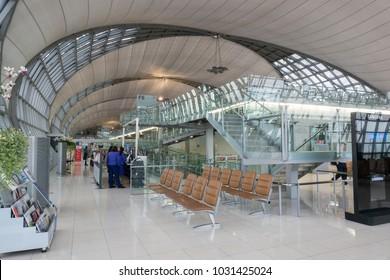 BANGKOK - 12 NOVEMBER 2017 : The main concourse of Suvarnabhumi Airport,