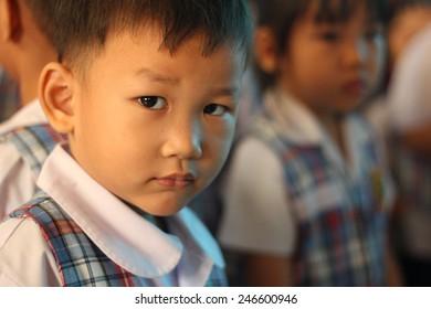 BANGKOK CITY, THAILAND - Dec 2014: In the dec 26, 2014. Bangkok County.  Kindergarten students are looking.