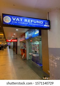 Bangkok city/Thailand:November 23 2019: overview of Donmuang international Airport vat refund counter