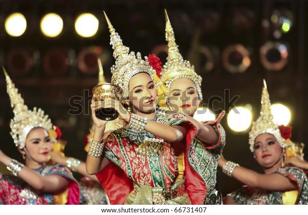 BANGKOK - DEC 5: Khon -Thai classical masked ballet on Dec 05, 2010 H.M.the king bhumipol's birthday, in dusit throne-hall field, Bangkok, Thailand. Ramayana - The fairy bless to Rama