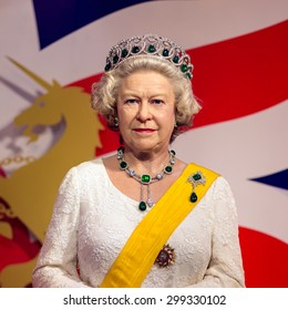 BANGKOK -JUL 22: A waxwork of Queen Elizabeth on display at Madame Tussauds on July 22, 2015 in Bangkok, Thailand. Madame Tussauds' newest branch hosts waxworks of numerous stars and celebrities