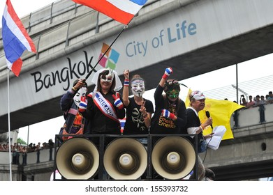 BANGKOK - JUN 16: Protesters attend an anti-government rally on Jun 30, 2013 in Bangkok, Thailand. The protesters known as V for Thailand call for the government to be overthrown.