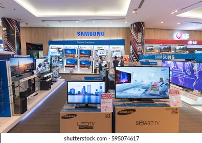 BANGKOK - MAR 17, 2016: The Samsung store in the Siam Paragon shopping mall. Samsung Electronics Co., Ltd. is the worlds second largest information technology company by revenue, after Apple.