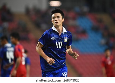 BANGKOK, MAR 27: V.CHAOWAT(40) of Thailand in action during AFC U-23 Championship 2016 (Qualifiers) between Thailand and Cambodia at Rajamangala stadium on March 27, 2015 in Bangkok, Thailand.