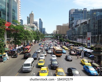 BANGKOK - MARCH 30: The big automobile jam on one of the central streets of Bangkok on 30 March 2014. The basic problem of the Asian megacities is the complicated traffic.