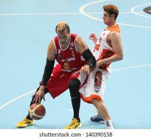 """BANGKOK - MAY 30:Pauliasi Taulava #88 participates in an ASEAN Basketball League """"ABL"""" playoffs game4 at Nimibut Stadium on May 30, 2013 in Bangkok,Thailand."""