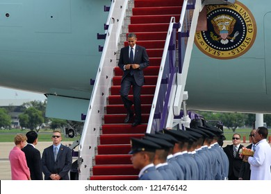 BANGKOK - NOV 18: US President Barack Obama arrives on Air Force One at Don Muang International Airport on day one of his three-nation Southeast Asia tour on November 18, 2012 in Bangkok, Thailand.