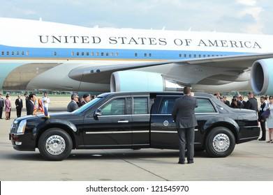 BANGKOK - NOV 18: US Presidential State Car waits by Air Force One on tarmac at Don Muang International Airport as President Barack Obama begins a SE Asia tour on Nov 18, 2012 in Bangkok, Thailand.