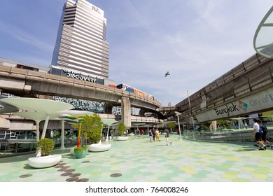 BANGKOK - NOV 25 : Shoppers visit Siam Paragon mall in Siam   Square mall on November 25, 2017 in Bangkok,Thailand. Siam   Paragon is one of the largest malls in the world.