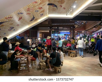 Bangkok province/Thailand:November 11 2019:Street food in icon diam
