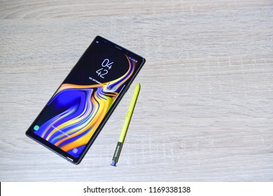 BANGKOK - SEPTEMBER 01 : The New Galaxy Samsung Galaxy Note 9, newest of smart phone of Samsung IT & Mobile Communications, on September 01, 2018 Bangkok, Thailand.