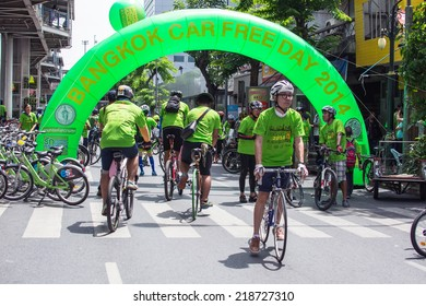 Bangkok - September 21: unidentified group participated to cyclist took part in the activity Car Free Day campaign at Silom Road on September 21, 2014 in Bangkok, Thailand.